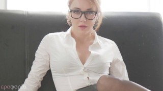 London Dominatrix Countess Von Kink foot fetish smoking video